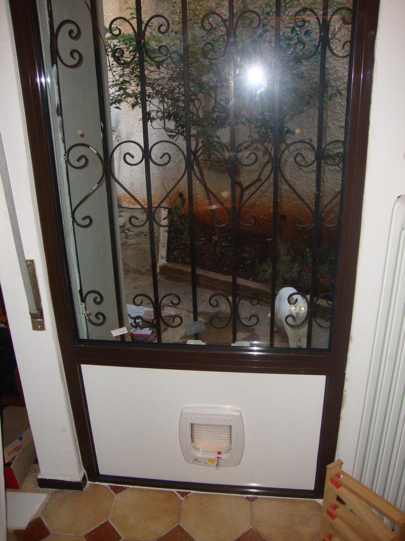 Πορτες για γατες και σκυλους