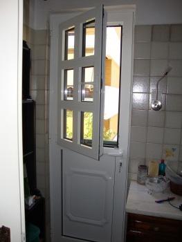 Κουζινόπορτα αλουμινίου σχέδιο 42,με ανοιγόμενο φύλλο