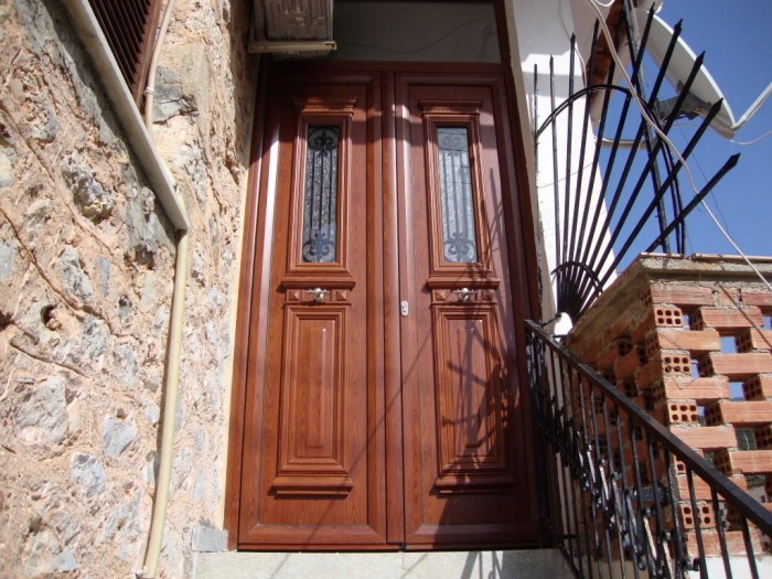 πορτες παραδοσιακες