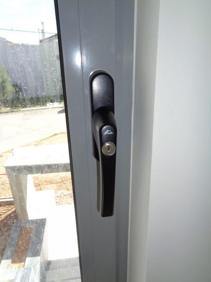 Χερούλι με κλειδί