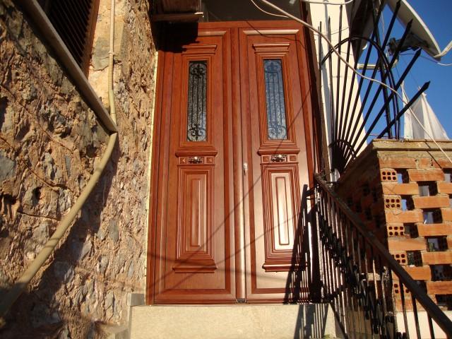 παραδοσιακές πόρτες