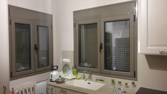 Επιβαρύνσεις χρωμάτων κουφωμάτων πόρτες παράθυρα